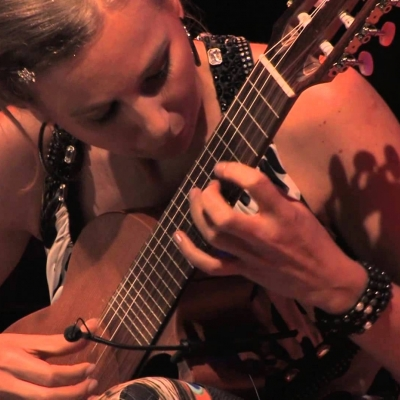 Embedded thumbnail for Julia Malischnig Live 2013